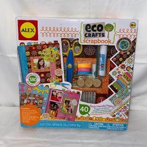 Kids 380 Piece Scrapbook